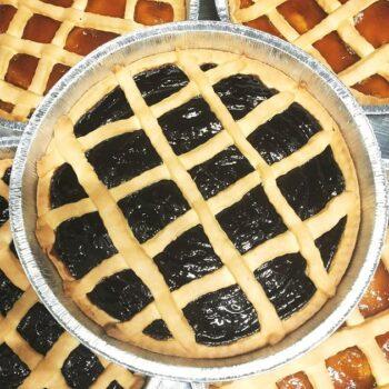 Crostata con confettura di albicocche o di lampone