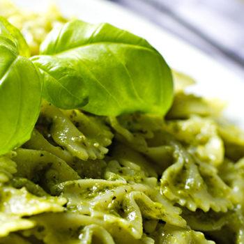 farfaelle al pesto gastronomia alimentari pasqualetti