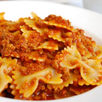farfalle ragu gastronomia alimentari pasqualetti