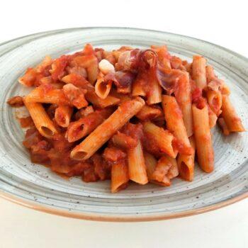 Penne all'amatriciana primi piatti gastronomia Alimentari Pasqualetti Shop Online