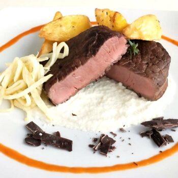 Vitello secondo piatto Gourmet Gastronomia